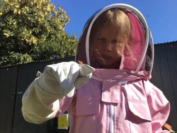 girls beekeeping suit
