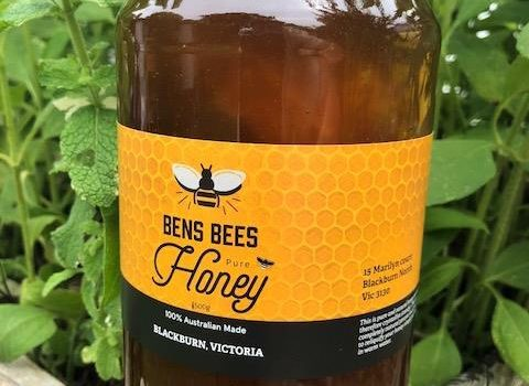 Pure Honey with Honeycomb 1.5kg Jar